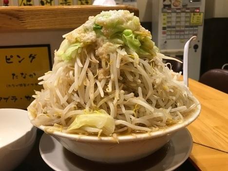 坂戸二郎系ラーメン麺たなか大盛りラーメンヤサイマシ