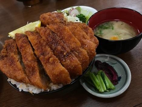長野まつくぼソースかつ丼大盛り定食
