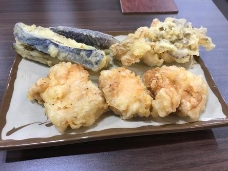 ふらす屋製麺所天ぷら食べ放題三巡目