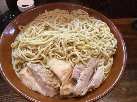 西新井ラーメン鳳すり鉢麺マシ天地返し