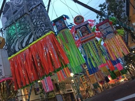 2016湘南ひらつか七夕祭り早朝の飾り付け