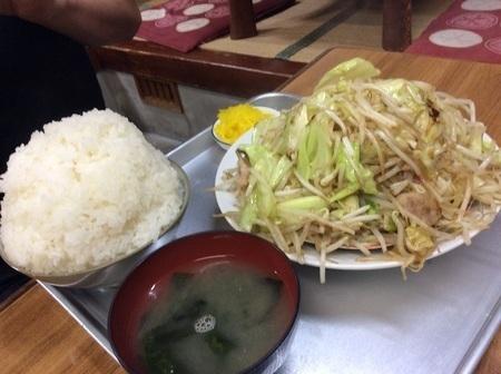 大みや食堂野菜炒め定食大盛り.jpg