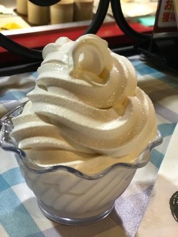 ステーキのあさくまサラダバーのソフトクリーム