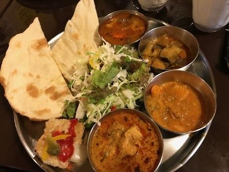 佐野インドカレー食べ放題印度屋ランチ二巡目