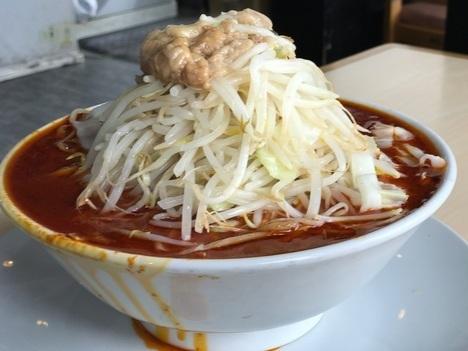 久喜火の豚大食い数火の頂ラーメン麺マシ