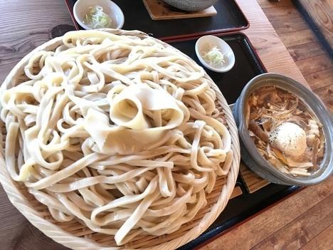 武蔵野うどん庄司冬のご当地グルメデカ盛り呉汁うどん