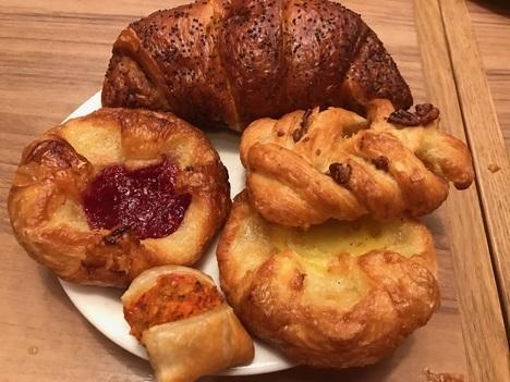大間々マコマコ食べ放題ランチバイキングデニッシュパン