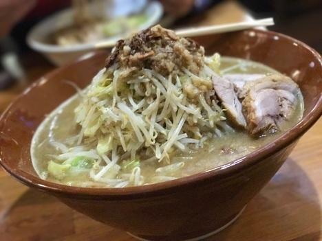 桐生男気ラーメンアカギ麺マシすり鉢大食い