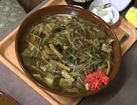 宇都宮デカ盛り藤すり鉢中華丼特盛り