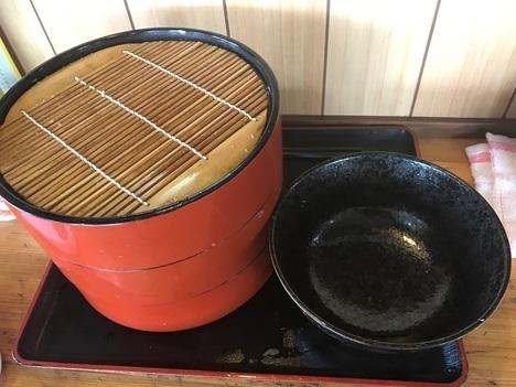 館林まる玉肉汁うどん特盛りの上のメガ盛り特注