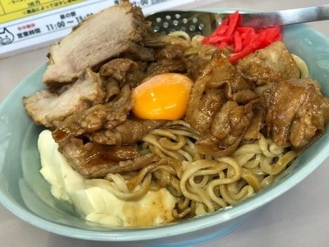 立川マシマシ足利店焼肉重ごはんを麺と豆腐に変更