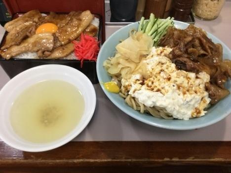 立川マシマシ足利総本店凄い焼肉重凄い冷やし中華