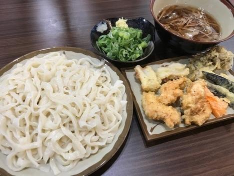 ふらす屋製麺所天ぷら食べ放題うどん新店