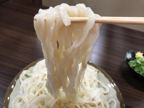 ふらす屋製麺所天ぷら食べ放題うどんリフト