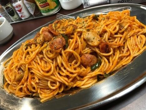 スパゲティオーガキロ盛りナポリタン