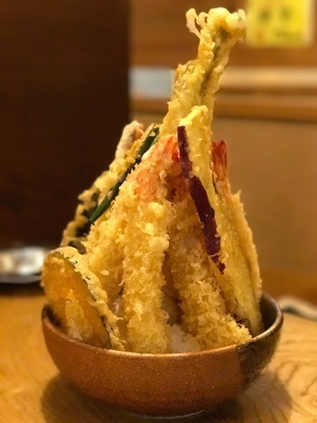 徳島鳴門魚榮デカ盛り特注天丼