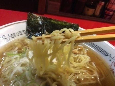 新潟ホームラン食堂にぼし中華そば麺リフト