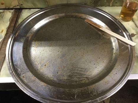 八幡まんぷく処たぬきジャンボ焼きそば完食皿
