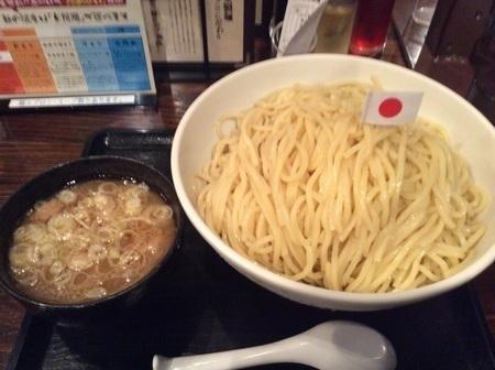 三ツ矢堂製麺デカ盛りつけ麺