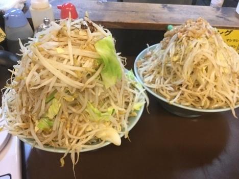 立川マシマシ秘密工場大ラーメンヤサイマシマシ別盛2