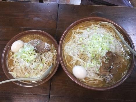 東横寺尾店とうじろう普通と4玉すり鉢比較