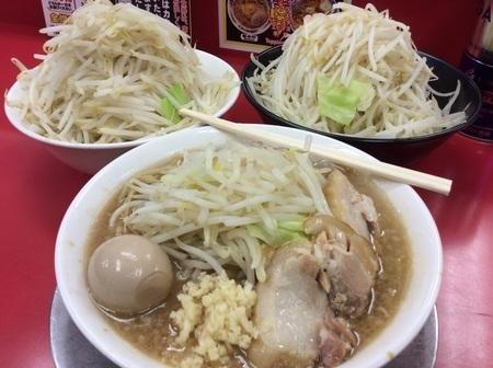 熊谷ジャンクガレッジ野菜トリプル別盛二つ