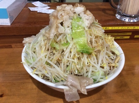 太田滋悟朗大ラーメンヤサイショウガアブラカラメ