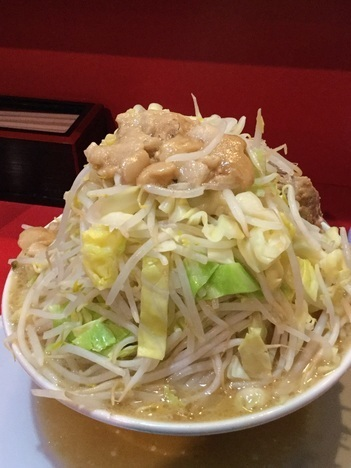 蒙麺ラーメン火の豚フュージョンヤサイマシマシアブラ