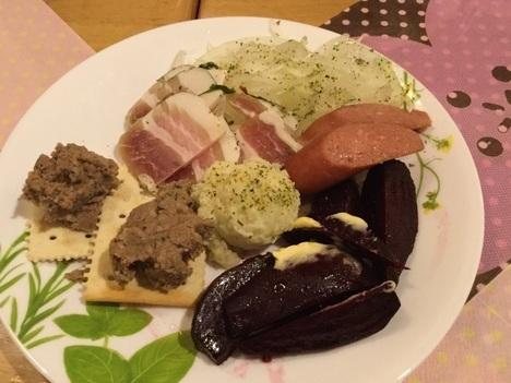 桶川ロシア料理サリュートおつまみセット