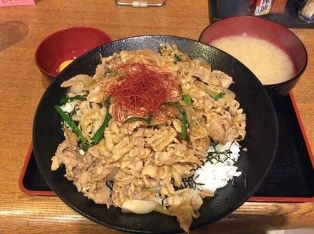 藤岡ともや食堂スタミナ丼メガ盛り