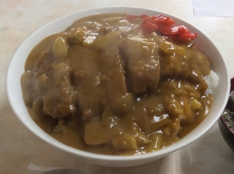 渋川林屋食堂特大カツカレー接写