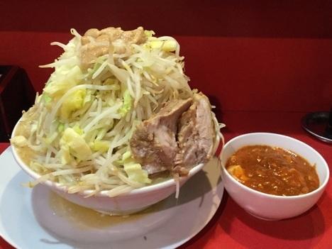 蒙麺ラーメン火の豚フュージョンマシマシ